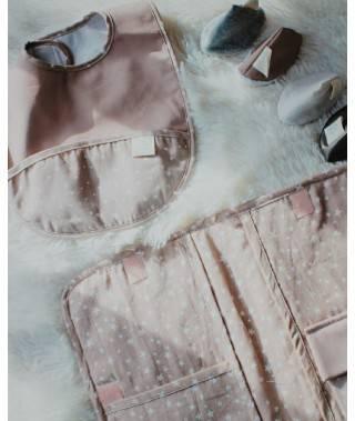 Babero rosa efecto piel